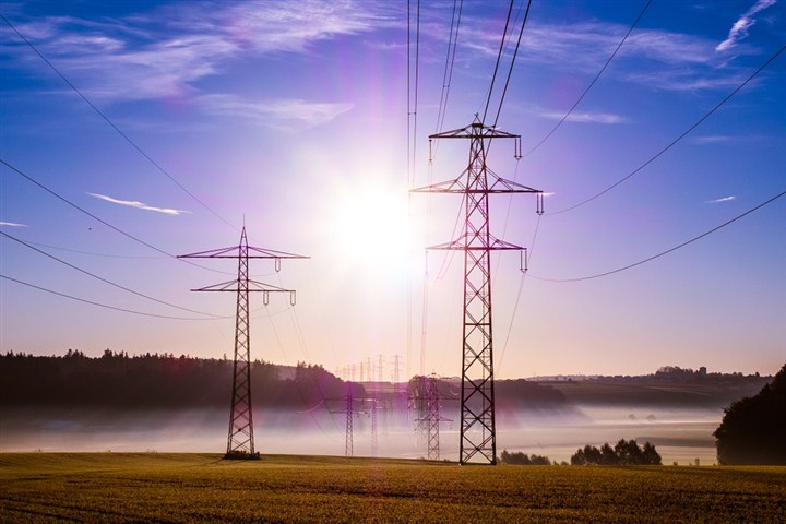 Krajem juna nova rešenja koja će otvoriti mogućnost većem broju socijalno ugroženih da steknu status energetski zaštićenih kupaca!!!