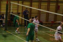 Topola- Upravo je završena odbojkaška utakmica u sali Srednje Škole u Topoli između OK KAEAĐORĐE I OK RUDAR iz Kostolca.