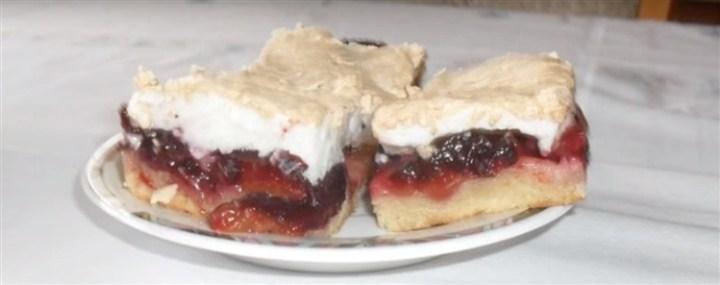 RECEPT DANA-ukusan kolač sa šljivama