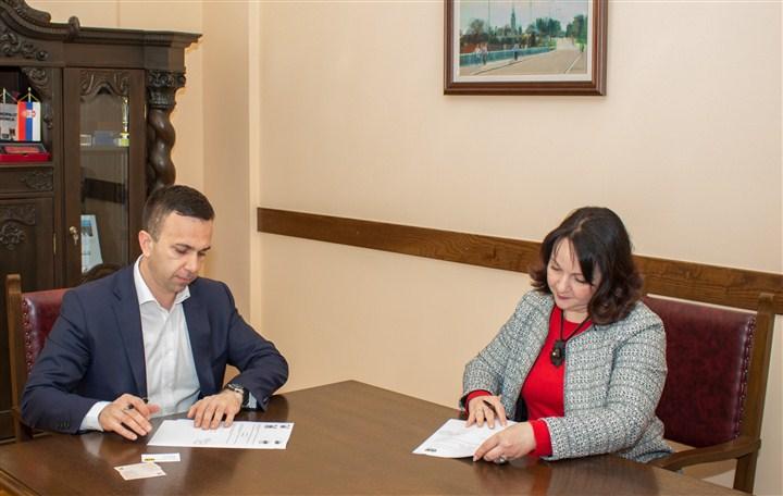 """Help i opština Mionica potpisali ugovor o saradnji na realizaciji projekta """"Podrška socio-ekonomskoj stabilnosti u regionu zapadnog Balkana"""""""