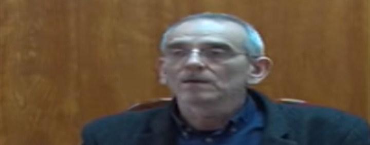 Rektor Univerziteta u Kragujevcu Nebojša Arsenijević nije u ličnom sukobu sa profesorima, on je u sukobu sa zakonom!!!