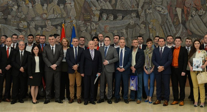 Gradonačelnik Čačka potpisao Ugovor o korišćenju sredstava iz Fonda za lokal !!!