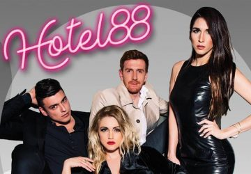"""Hit predstava """"HOTEL 88"""" na novoj sceni u Moravskom parku u Ćupriji !!!"""
