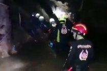 Međunarodni tim spasilaca izvukao je iz potopljene pećine na severu Tajlanda svih 12 dečaka i njihovog trenera!!!