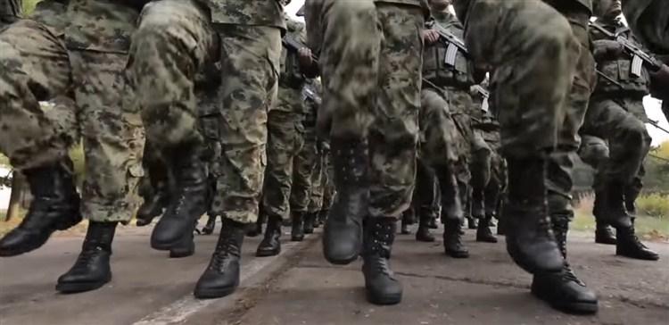 Moguće uvođenje vojnog roka ne dužeg od šest meseci !!!