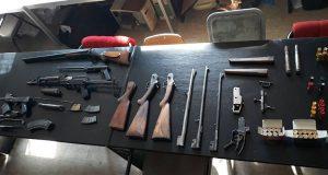 Pripadnici MUP-a u Požarevcu uhapsili su G.G. zbog posedovanja velikog broja oružja i eksplozivnih materija !!!