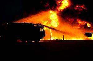 Uhapšena Kraguhevčanka zbog podmetanja požara u automobilu i nasilnog ponašanja!!!