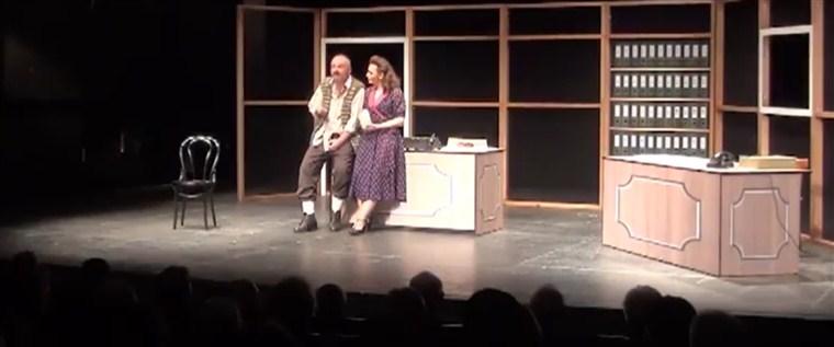 "Predstava ""Ubi me kurje oko"" sutra u paraćinskom pozorištu !!!"