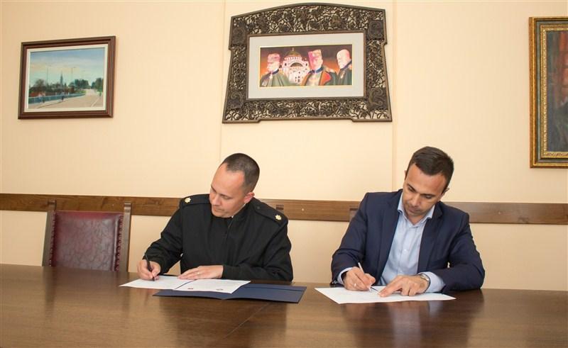 Potpisan danas ugovor o izgradnji terapijskog centra za multiplu sklerozu u Banji Vrujci !!!