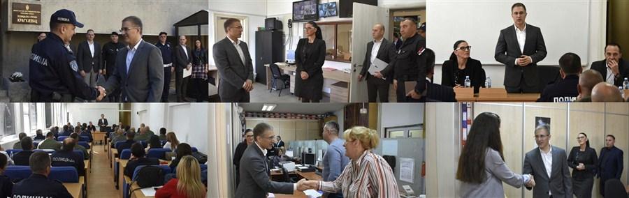 Ministar unutrašnjih poslova dr Nebojša Stefanović obišao je Policijsku upravu u Kragujevcu!!!