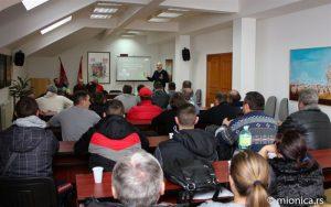U opštini Mionica organizovano predavanje iz oblasti poljoprivrede-''Proizvodnja kabaste hrane''!!!