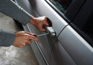 U Paraćinu uhapšen muškarac koji je ukrao auto i karticu !!!
