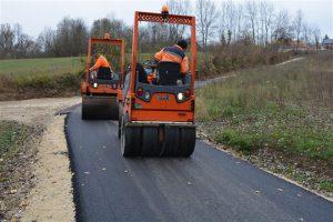 Radovi na putnoj infrastrukturi u selu Bobovo !!!