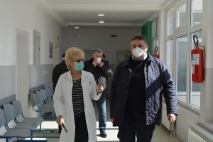 Predrag Milanović, predsednik opštine Svilajnac, obišao Dom zdravlja i upoznao se sa merama štaba za vanredne situacije !!!