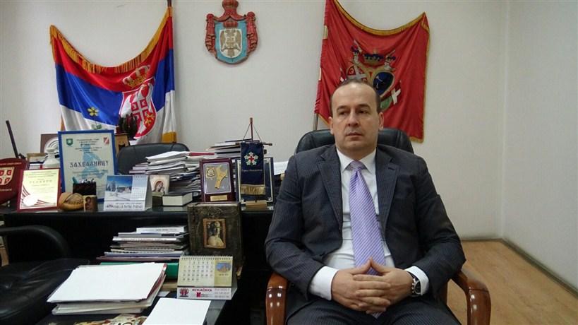 HUMANI GEST predsednika Skupštine opštine Topola, Dragana Jovanovića !!!