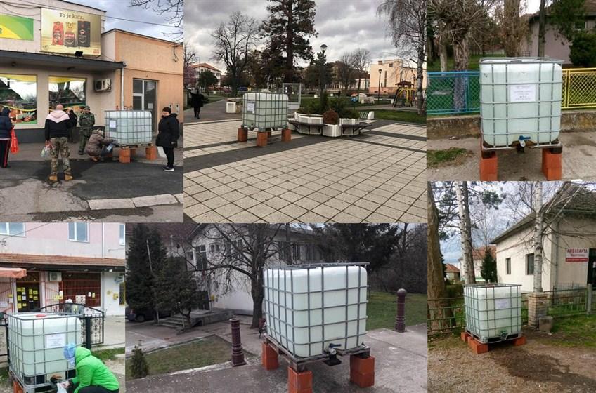 """JKP """"Ravno 2014""""postavilo sredstva za dezinfekciju na više lokacija i Ćupriji i okolnim selima !!!"""