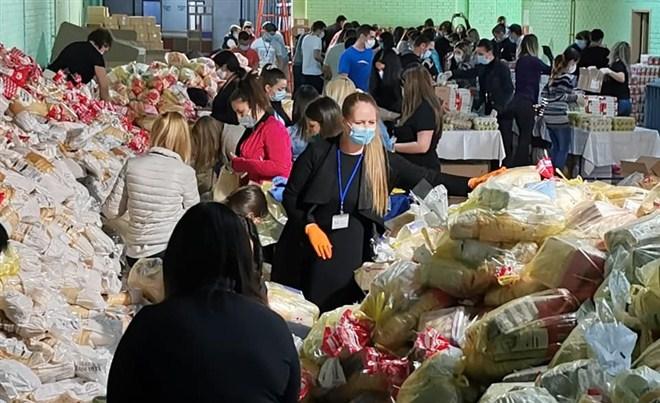 SKUPŠTINA GRADA JAGODINA obezbedila preko donatora 3300 USKRŠNjIH PAKETA !!!