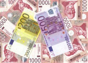 PLATE i penzije u Srbiji neće biti smanjivane