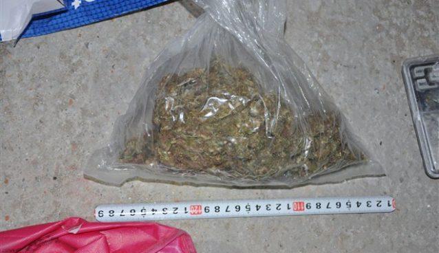 Uhapšen J. M. (2000) iz Kragujevca zbog preprodaje narkotika!!!