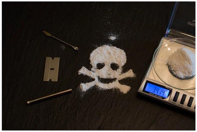 Dvojica Jagodinaca uhapšeni zbog nelegalne prodaje više vrsta narkotika !!!