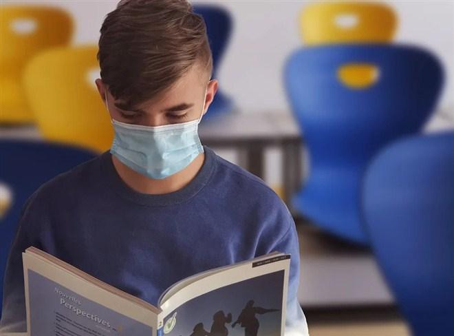 Ukoliko, zbog straha od virusa korona, roditelji na početku školske godine ne žele da decu šalju u školu, to NEĆE morati da pravdaju !!!