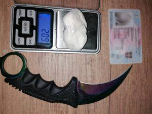 Pronadjena droga i nož, vozač pod dejstvom psihoaktivnih sustanci !!!